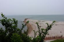 自然奇观——黄渤海分界线 中国有四大海域,从北到南依次是渤海、黄海、东海和南海。海域是人为
