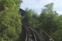 南山景区小火车排队3小时上山3分钟