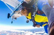 在澳大利亚转机顺便跳个伞
