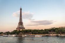 迷人的巴黎铁塔