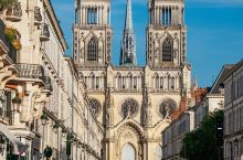 这座小城距离巴黎仅一小时车程却完全不同