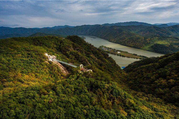 Huguxia Scenic Area1