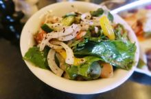 📍约旦安曼|中东美食初尝试  享受中东不一样的美食, 在约旦你不得不品尝的美食  🔻鹰嘴豆泥 可能是