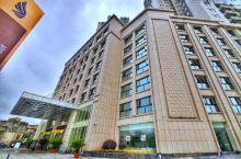 值得一去的酒店——利川蓝波湾国际大酒店  大小规格不同的会议室功能先进,可以迎合客人不同需求和自由选