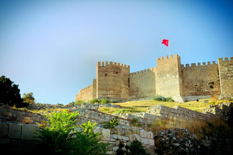 Kadifekale Castle