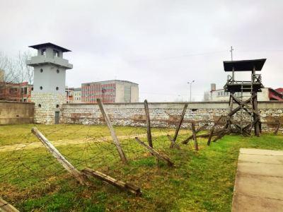 Crveni Krst Concentration Camp
