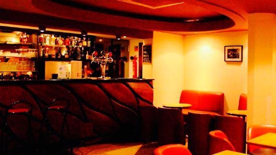 Rock in Chiado Cafe