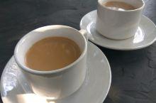 在蓝色房子的庭院里,喝一杯尼泊尔玛莎拉奶茶