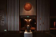 探寻隐匿于高冷迷宫中的温暖—三亚太阳湾柏悦酒店悦厅