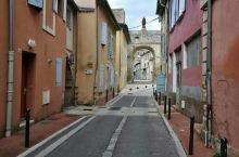 西欧之旅(6)漫游普罗旺斯小镇