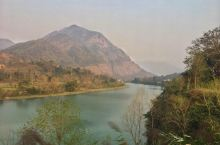 尼泊尔游记-奇旺至博卡拉的途中