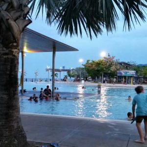 凯恩斯公共游泳池旅游景点攻略图