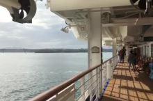 钻石公主号邮轮离开奥克兰港