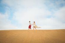 在沙漠里拍一套婚纱
