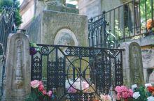 世界上最著名的墓地之一,巴黎拉雪兹神父公墓