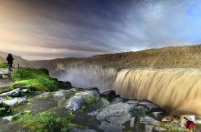 欧洲水量最大的黛提瀑布和柔美的Selfoss瀑布