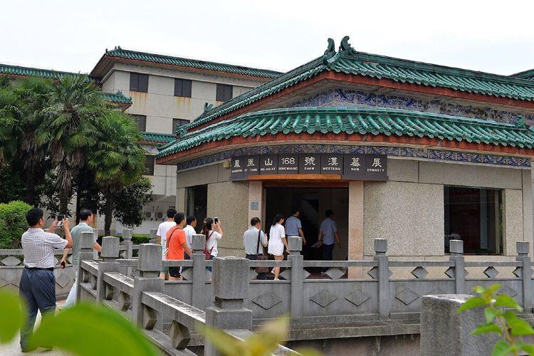 Jingzhou Museum4