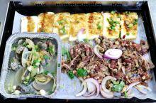 靠着一手自制秘酱,由大排档做起的烤肉店,从厦门岛内开到了岛外
