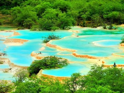 Huanglong Multicolored Pool