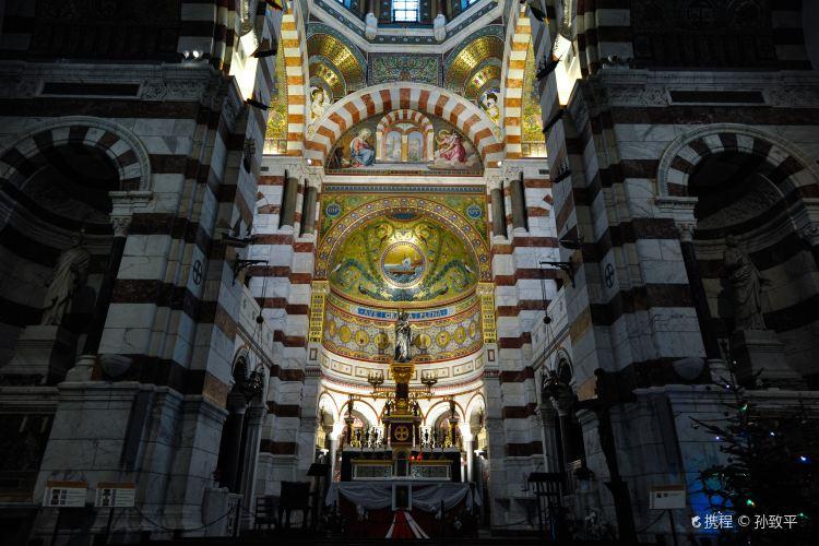 Basilique Notre-Dame-de-la-Garde1