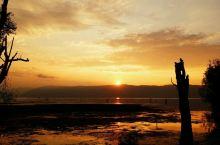 大理洱海的日出          大理这个地球人都知道的城市勿需多言,文人墨客吟唱千年的风花雪月至今