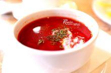 伊尔库斯克最古老的餐厅喝一碗红菜汤