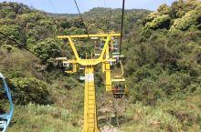 罗浮山风景区的敞开式缆车