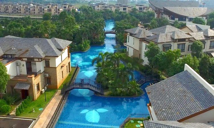 Baodun Lake Hushan Hot Spring Resort2