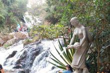 大叻·达坦拉瀑布