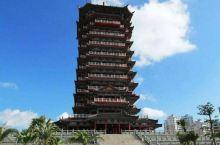 钦州白石湖公园,和谐塔60多米,是广西第一塔