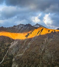 [新疆游记图片] 新疆那拉提房车自驾深度三日游,雪山皑皑中看空中草原