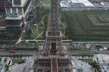 巴黎人酒店外的铁塔