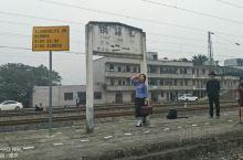 我的行程,乘火车到铜罐驿站,然后向重庆方向步行40分钟到古镇,参观完后,又原路返回。注意回程的火车时