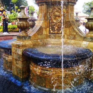 维多利亚女皇喷泉旅游景点攻略图