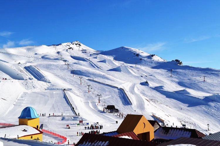 卡德羅納高山滑雪度假村1