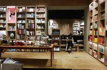 #元旦去哪玩#来书店看本书