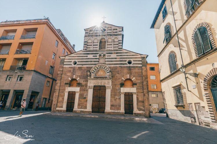 Lucca2