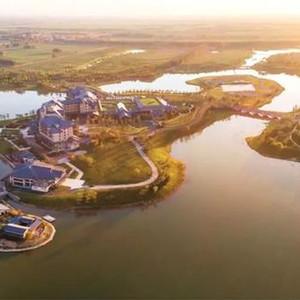 文安游记图文-希尔顿酒店首次亮相京津环渤海腹地,法式城堡坐落美丽乡间,紧邻雄安新区