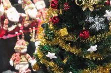 商场里的迷你圣诞