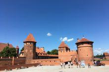 波兰马尔堡城堡里的特色美食餐厅:大力推荐!