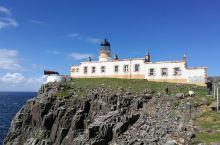世界十大最美灯塔Neistpoint之一 斯凯岛(天空岛)上的Neist Point的内斯特角灯塔号