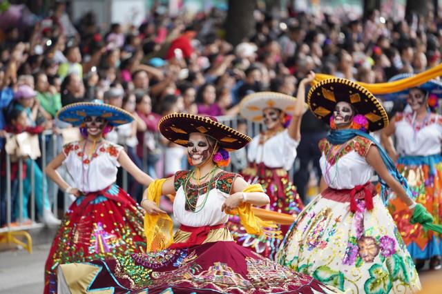 【亡灵节特别团】墨西哥城+瓜纳华托+坎昆+粉红湖+梅里达+乌斯玛尔+奇琴伊察 10日特别团