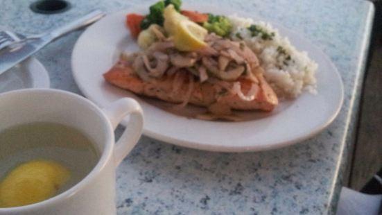 Nikos Cafe Restaurant and Bar