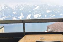 后阳台的阿尔卑斯山