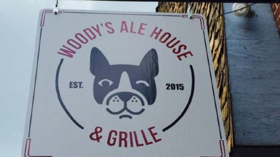 Woody's Ale House