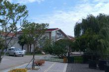 尚湖边的酒店