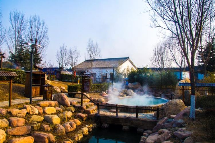 Anyuetan Hot Spring Resort2