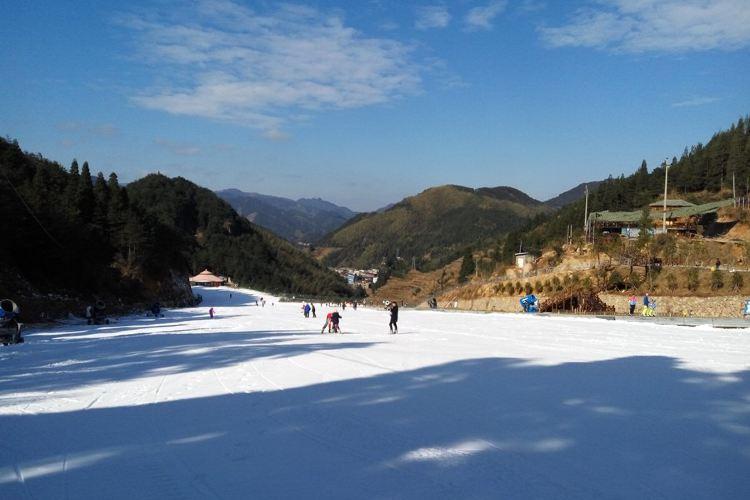 綠水尖滑雪場1