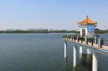 没有工厂的东莞 松山湖水库,适合骑车环游 东莞松山湖,原来是水库,现在一张慢慢开发的白纸新区。产业园