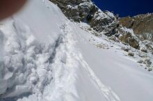 攀登岗什卡雪峰